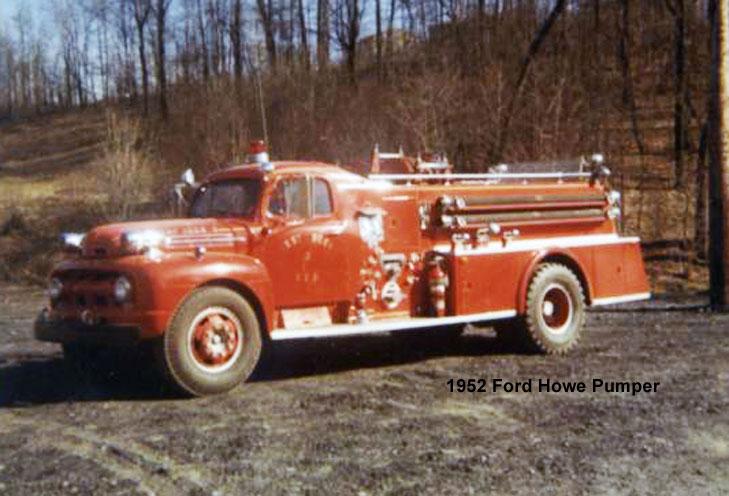 1952-Ford-Howe-Pumper